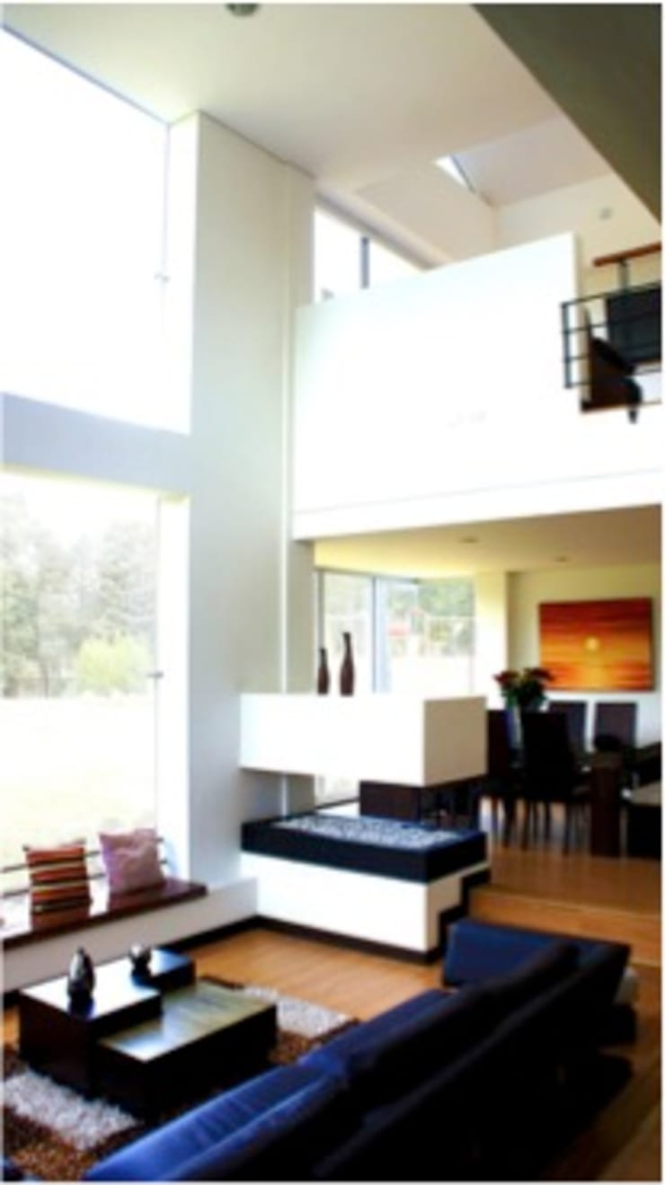 Integración sala comedor: Comedores de estilo  por AV arquitectos