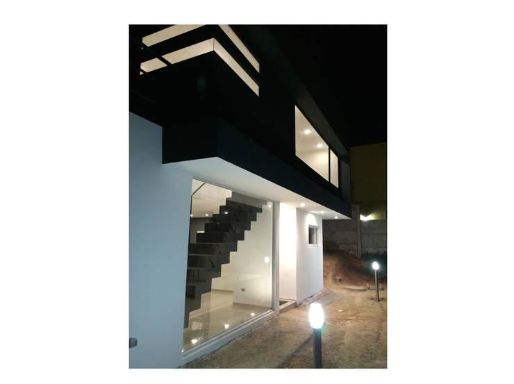 Casa Vasquez: Casas de estilo  por Herman Araya Arquitecto y constructor