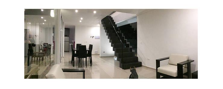 Salas / recibidores de estilo moderno por Herman Araya Arquitecto y constructor
