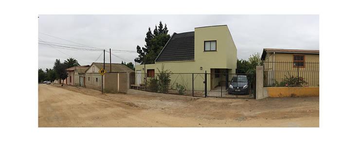 Casa Neff: Casas de estilo moderno por Herman Araya Arquitecto y constructor