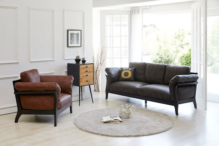 Grushie Monacha 3.0 Sofa: MöBEL-CARPENTER (모벨카펜터)의  거실