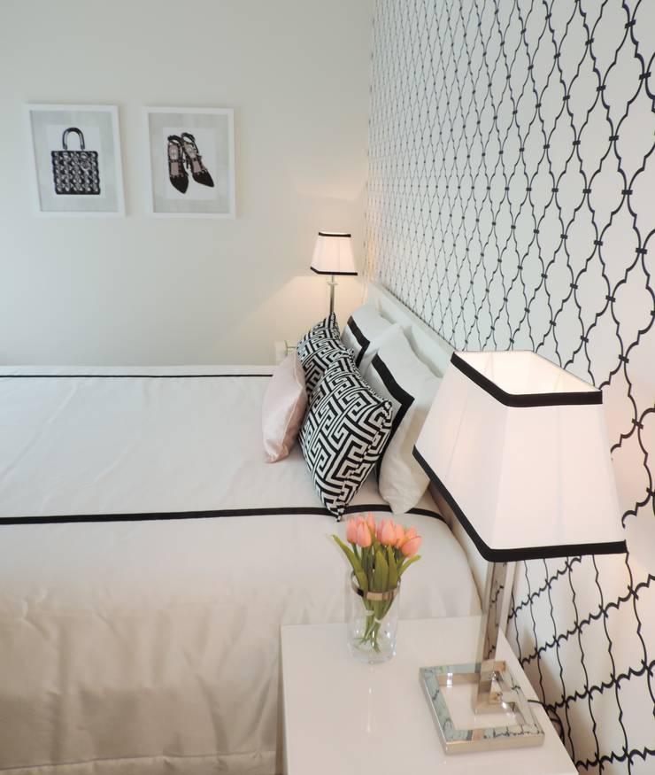 Black&White - Room: Quartos  por Espaços Únicos - EU InteriorDecor