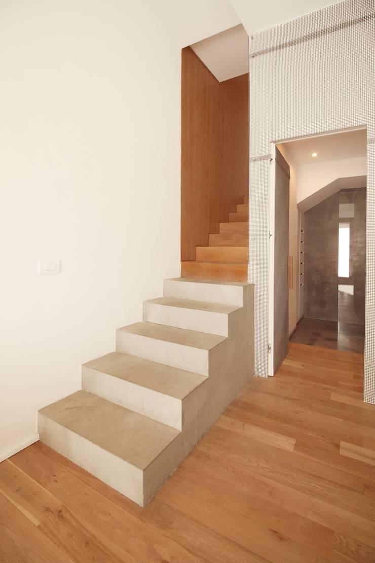 Oficinas de estilo  por studioSAL_14, Minimalista Mármol