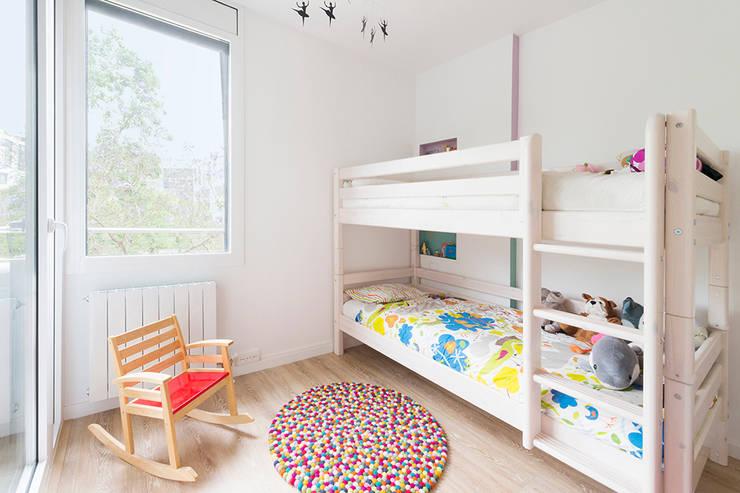 Habitaciones infantiles de estilo  por Beivide Studio