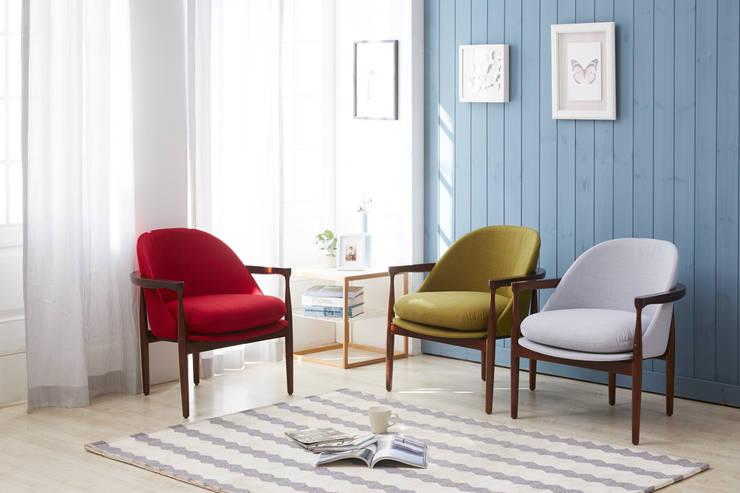Gio 1.0 Design Chair: Mobel-Carpenter 모벨카펜터의  거실