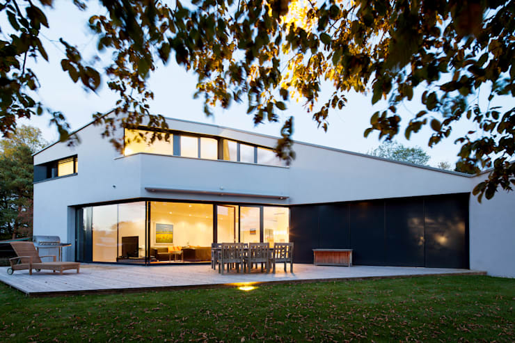 Modern Terrace by WSM ARCHITEKTEN Modern