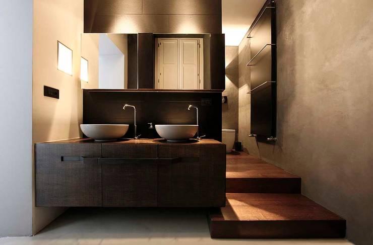 BASILICA: Bagno in stile  di Studio Fabio Fantolino