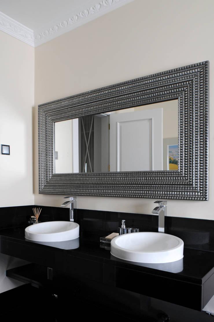 WC 2: Casas de banho  por Amber Road - Design + Contract