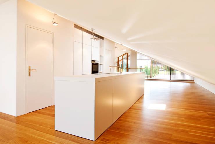 ห้องครัว by WSM ARCHITEKTEN