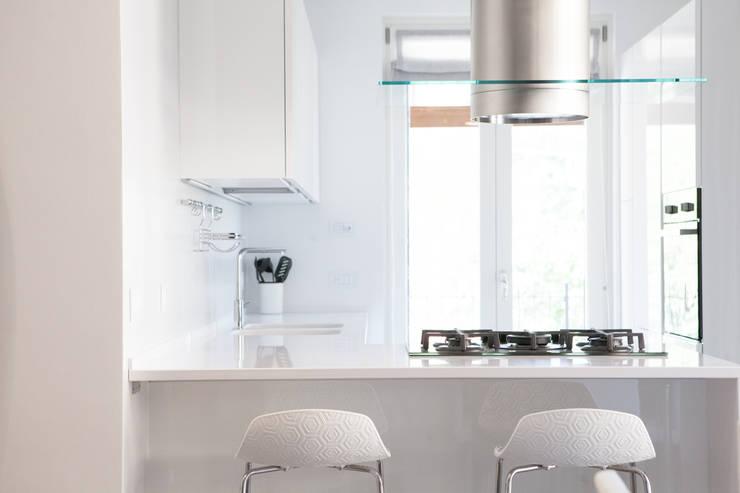 Abitazione privata: Cucina in stile  di Paolo Foglini Design