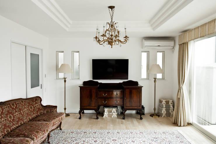 ห้องนั่งเล่น by 遊友建築工房