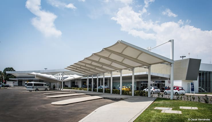 AEROPUERTO OAXACA / PLASTIK ARQUITECTOS:  de estilo  por Oscar Hernández - Fotografía de Arquitectura