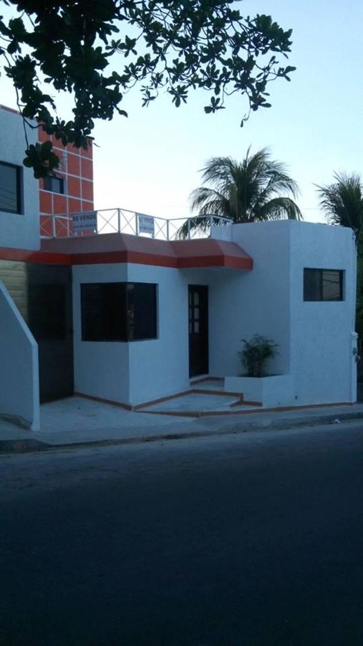 Arkam: Casas de estilo  por Arkcam Proyectos