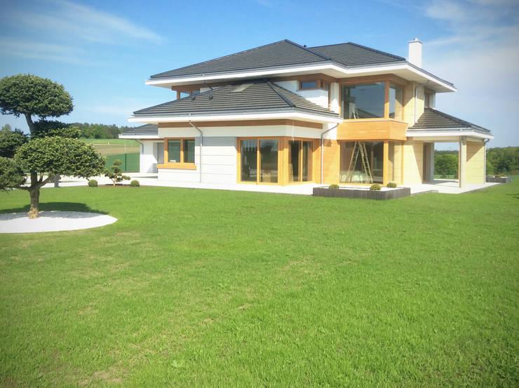 Dom z widokiem Rumah Modern Oleh MG Projekt Projekty Domów Modern