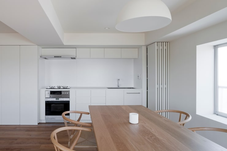 Kitchen by 本城洋一建築設計事務所