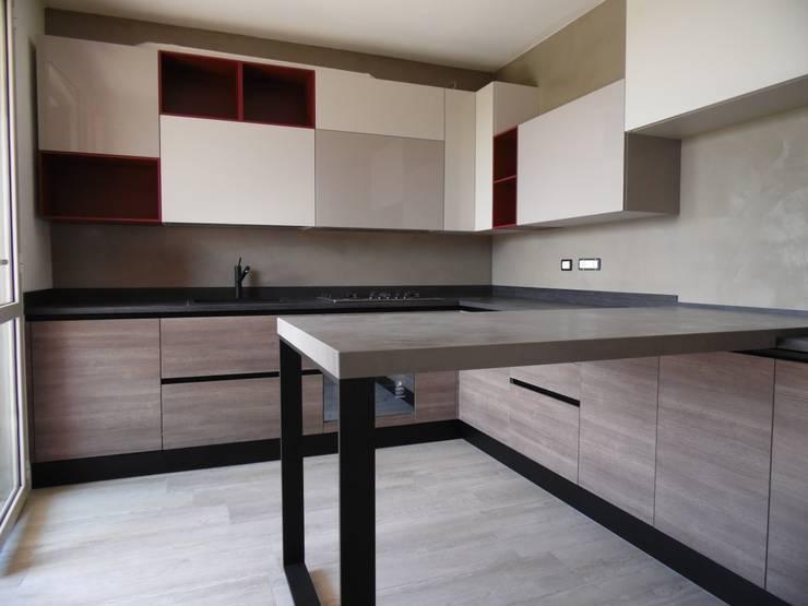 56 cucine con penisola ideali per spazi piccoli for Piccole cucine con penisola