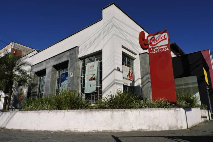 Colchões Castor: Lojas e espaços comerciais  por Cecyn Arquitetura + Design