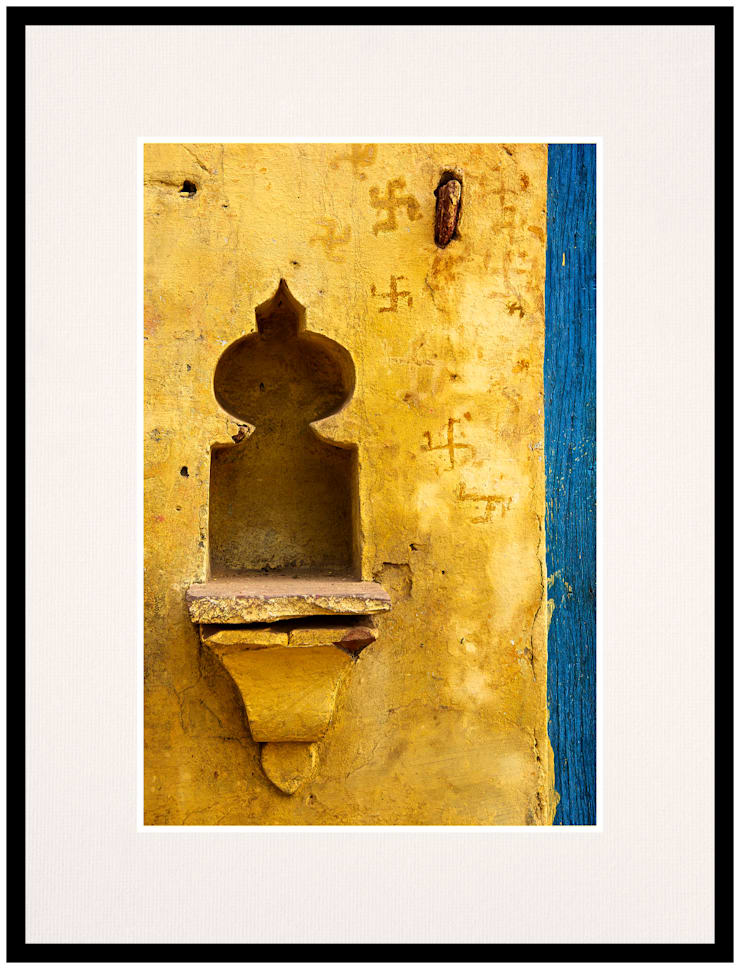 Swastik Alcove: rustic  by IndiPix,Rustic
