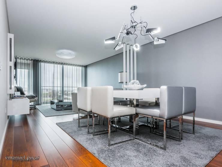 Living room: Sala de estar  por EPphotography