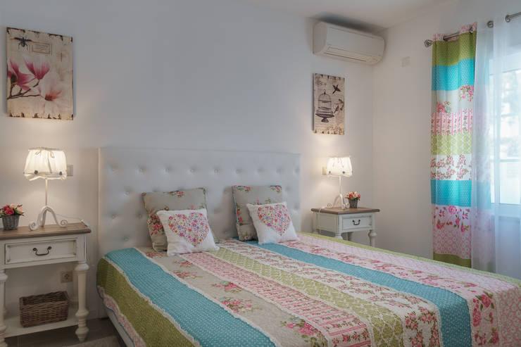 Dormitorios infantiles de estilo clásico de Zenaida Lima Fotografia Clásico