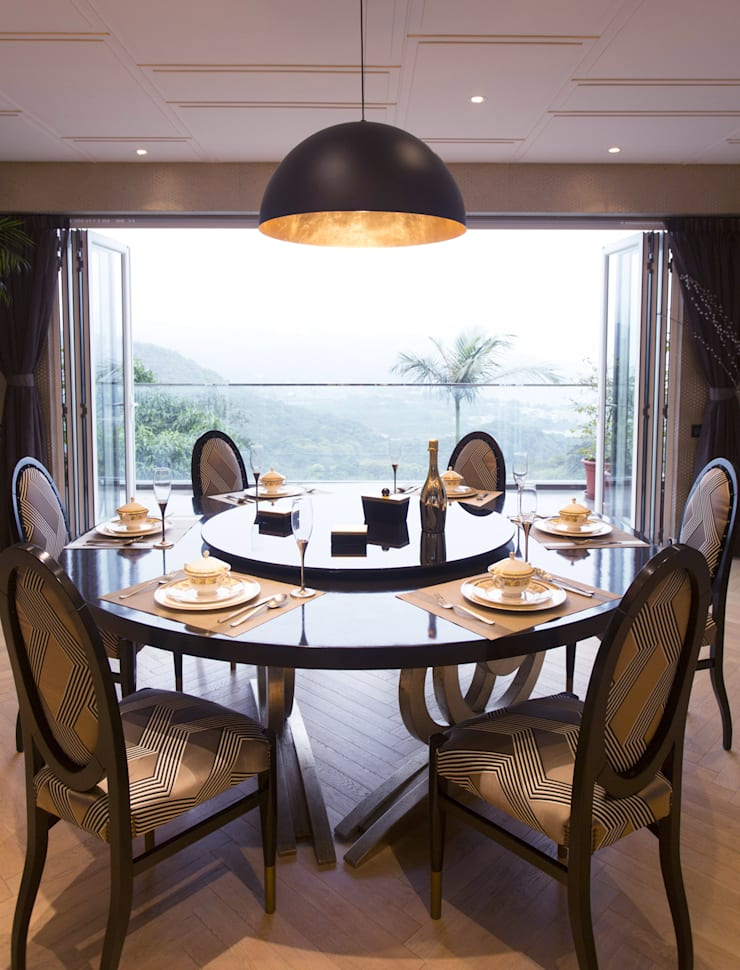 Tycoon Place:  Dining room by Another Design International