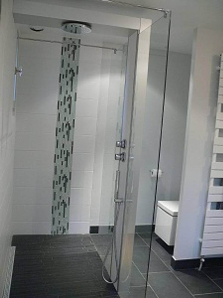 salle de bain par antoine de cast ras homify. Black Bedroom Furniture Sets. Home Design Ideas