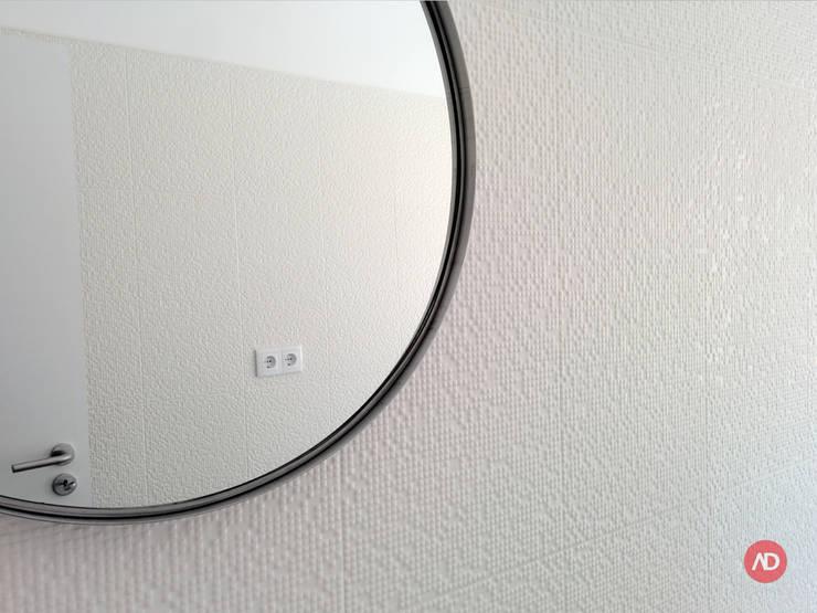Remodelação Prédio: Casas de banho  por ARCHDESIGN | LX