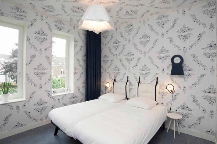 Kamer:  Hotels door INTER/ALTER interior architects , Modern