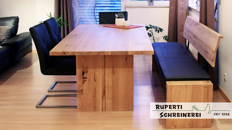 Tisch in Eiche massiv: moderne Esszimmer von Ruperti Schreinerei