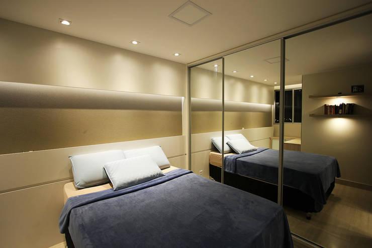 Apartamento AD: Quartos  por Tejo Arquitetura & Design
