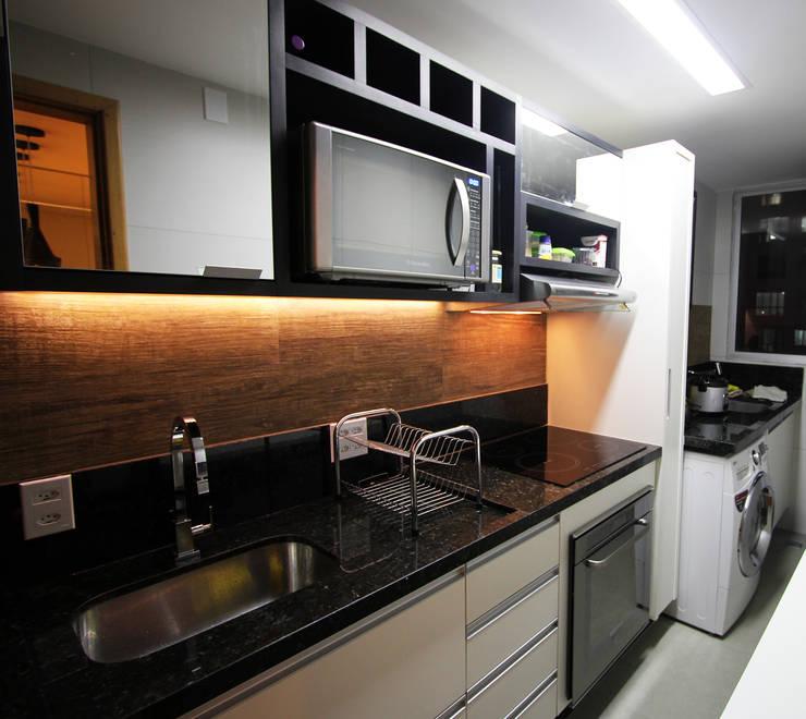 Apartamento AD: Cozinhas  por Tejo Arquitetura & Design