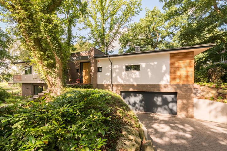 Projekty,  Garaż zaprojektowane przez Hellmers P2 | Architektur & Projekte