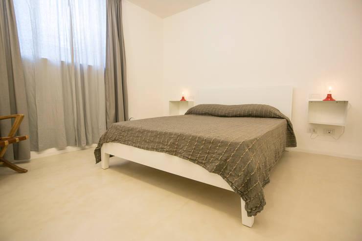 mediterranean Bedroom by mc2 architettura
