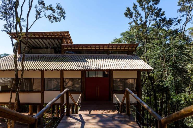 บ้านและที่อยู่อาศัย by SCALI & MENDES ARQUITETURA SUSTENTAVEL
