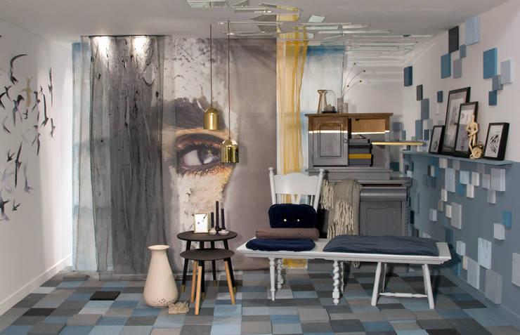 ห้องนั่งเล่น โดย Nimeto Utrecht, ผสมผสาน