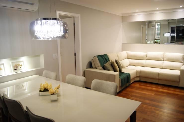 Apartamento: Salas de jantar  por Lozí - Projeto e Obra