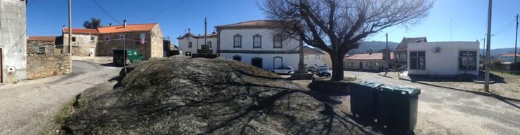 Requalificação Largo Diogo Osório - Lageosa do Mondego: Casas  por ARKIVO