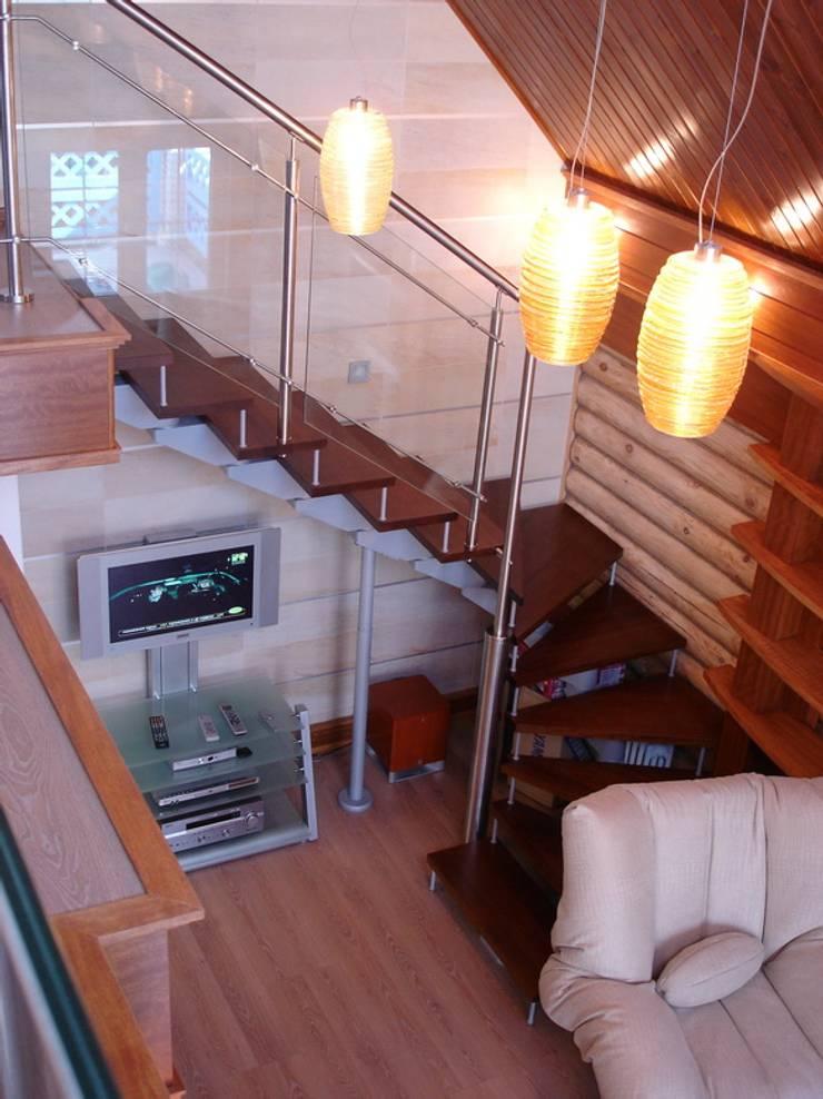 Баня на Николиной Горе: Гостиная в . Автор – архитектурная мастерская МАРТ,