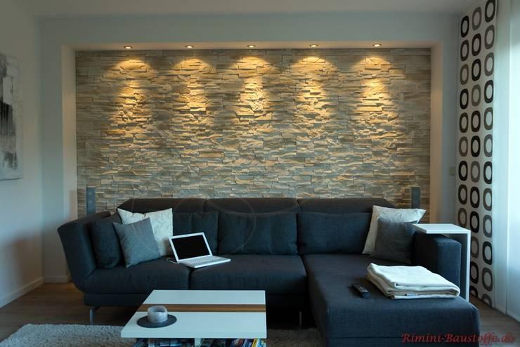 Living room by Rimini Baustoffe GmbH