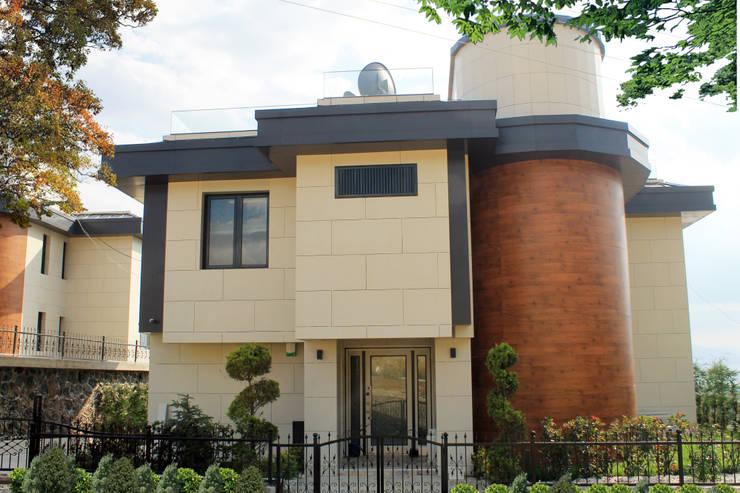 50GR Mimarlık – SERDİVAN VİLLALARI: modern tarz Evler