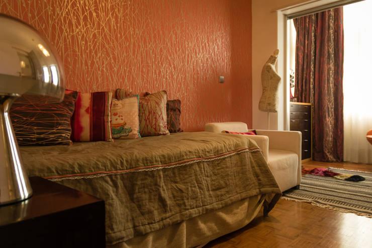 Apartamento Lisboa: Quartos  por Atelier  Ana Leonor Rocha