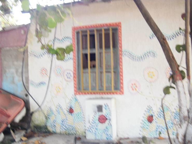 FACHADA POSTERIOR MACABI: Casas de estilo  por DIBUPROY