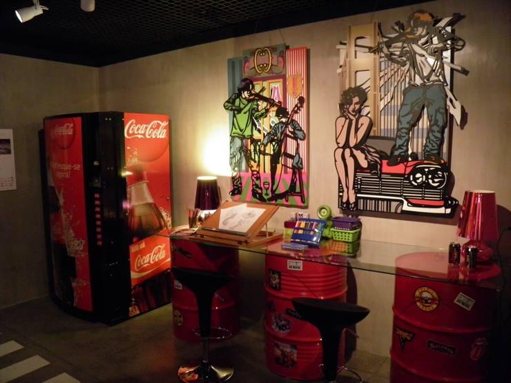 Área do grafitti e PC: Garagem e edícula  por  Sotto Mayor Arquitetura e Urbanismo