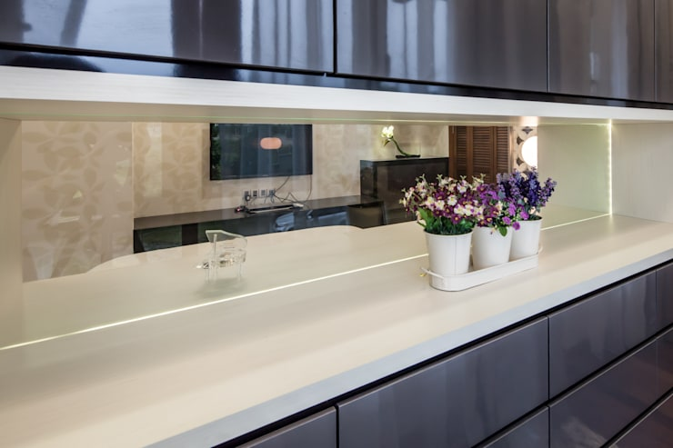 Majestic Contemporary | BUNGALOW :  Bathroom by Design Spirits