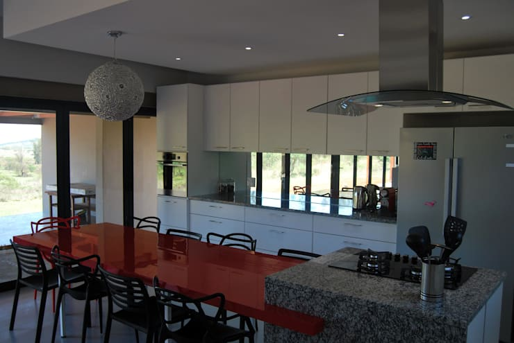 LC Interiors:  Kitchen by Capital Kitchens cc
