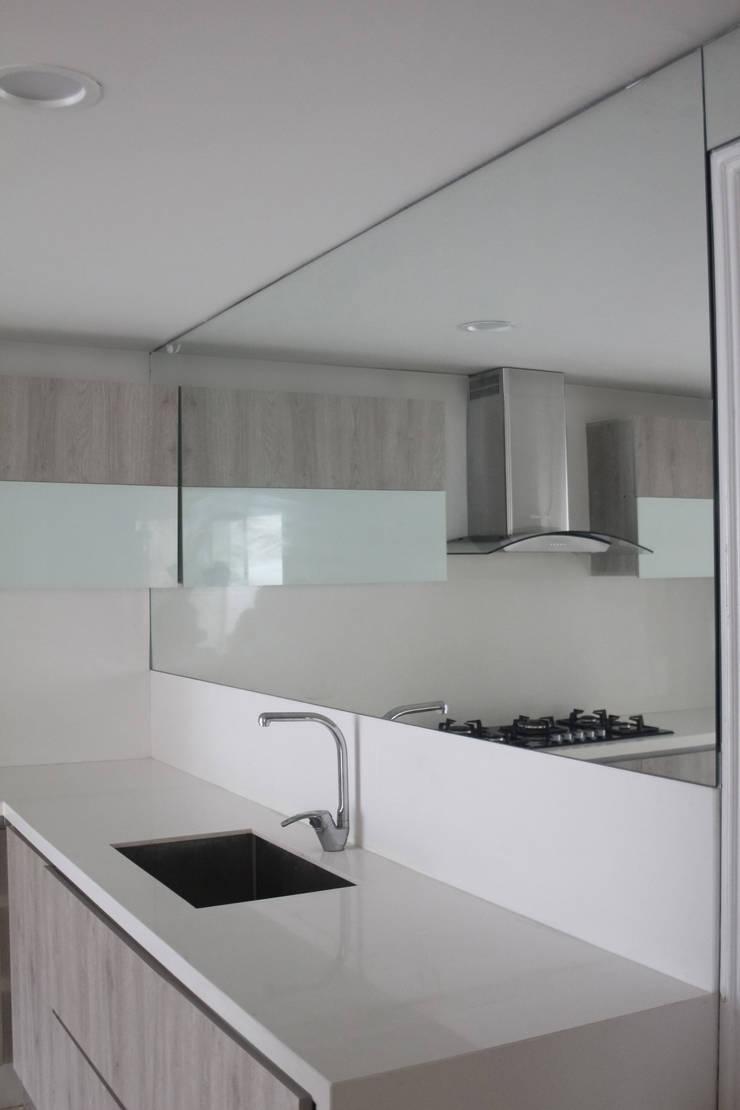 Kitchen by Monica Saravia,