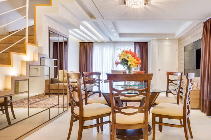 ห้องทานข้าว โดย Juliana Lahóz Arquitetura, โมเดิร์น