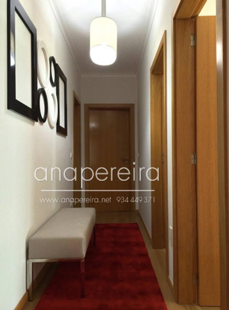 Vestíbulos, pasillos y escaleras de estilo  de Atelier Ana Pereira Arquitetura e Decoração de Interiores
