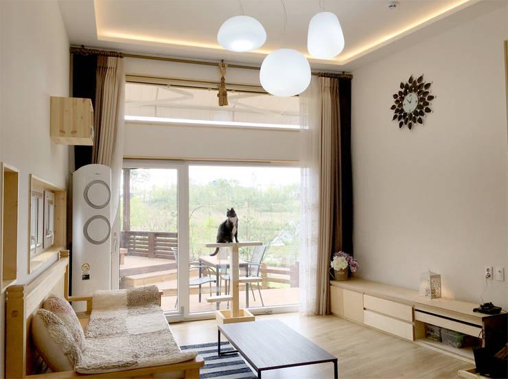Projekty,  Salon zaprojektowane przez 꿈꾸는목수