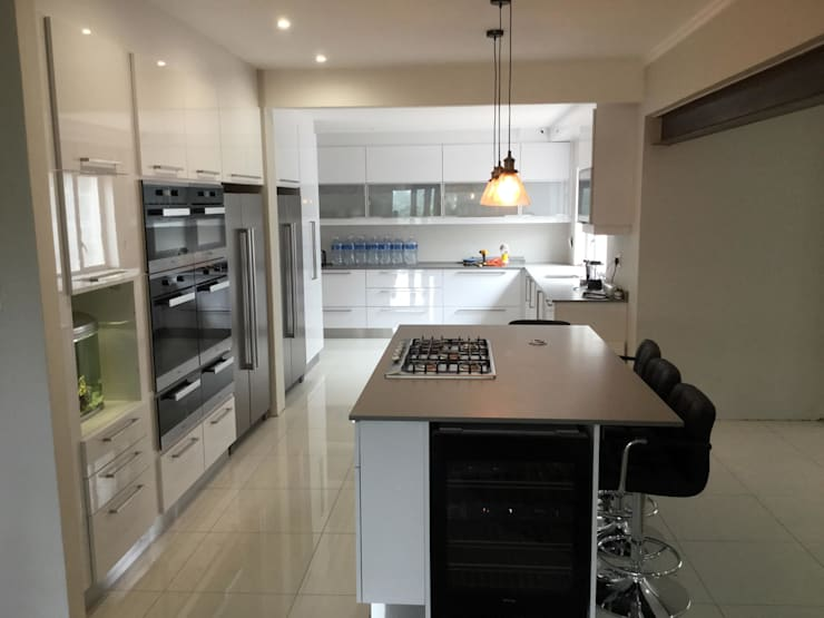 Project : Martin: modern Kitchen by Capital Kitchens cc